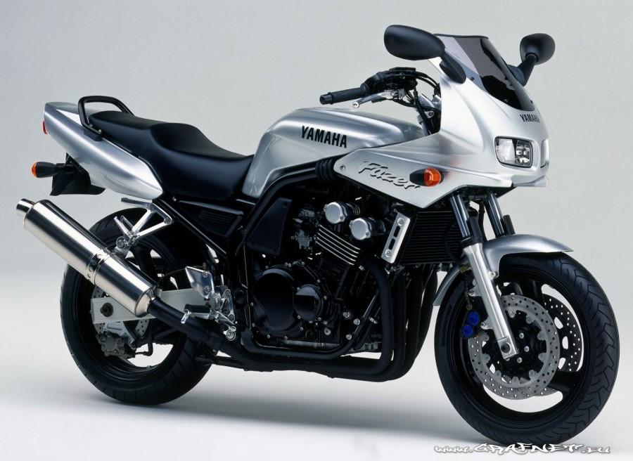 on Yamaha Fzs 600 Fazer